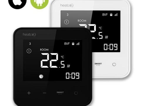 Heato9 crni i bijeli termostat.